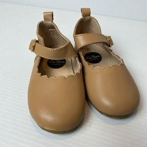 La Sienna Couture shoes girls size 8 Mary Janes